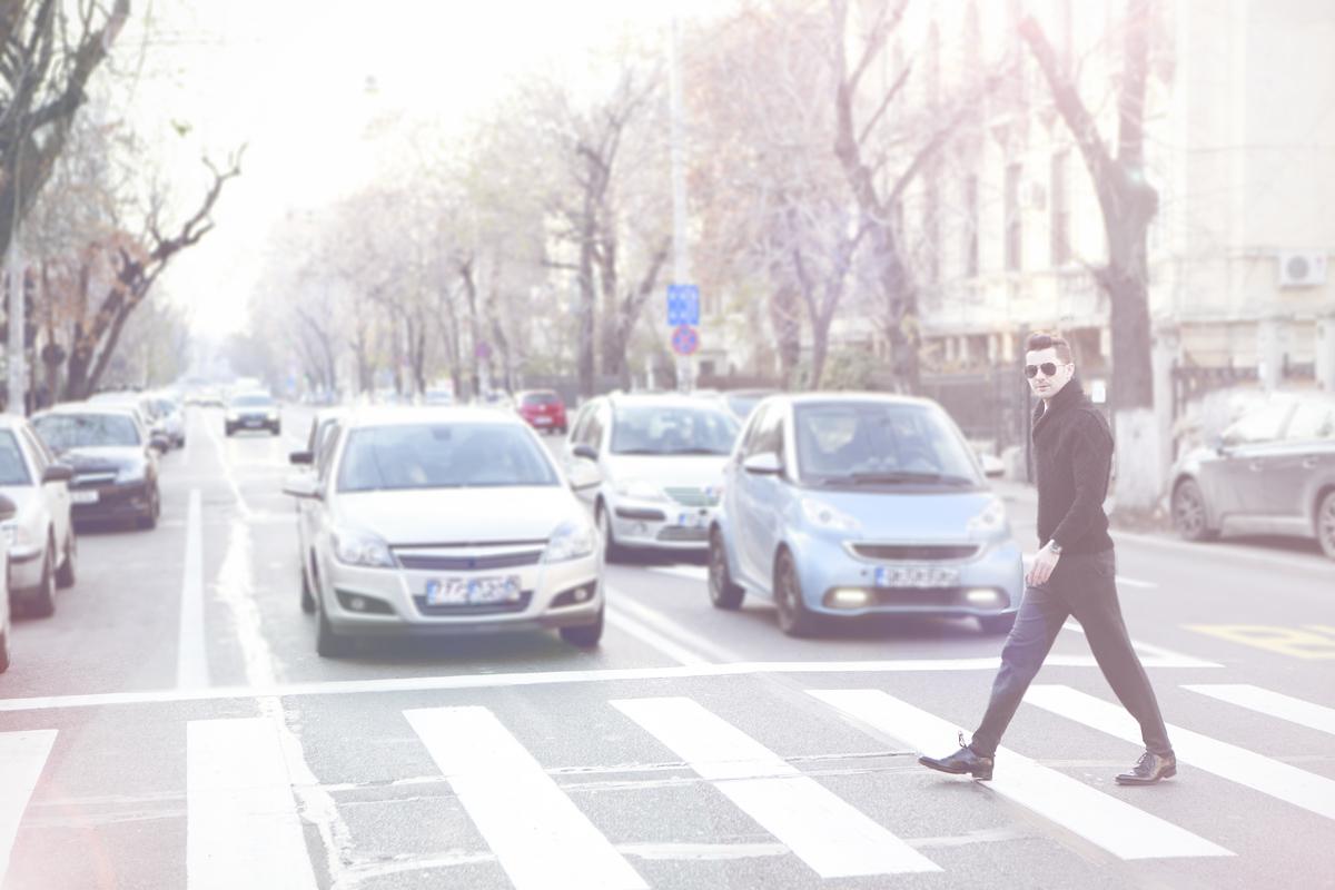 Adrian Sina - tinuta smart - 1